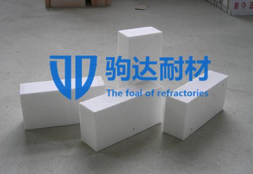 高抗热震性氧化铝空心球砖
